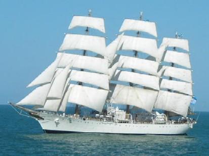 fragata Libertad rumbo a Montevideo